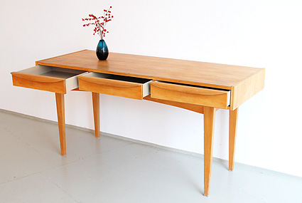 magasin m bel 50er jahre dw hellerau schreibtisch. Black Bedroom Furniture Sets. Home Design Ideas