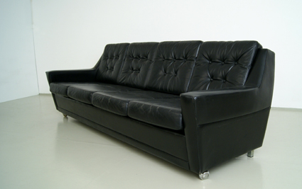 magasin m bel 60er jahre ledersofa. Black Bedroom Furniture Sets. Home Design Ideas