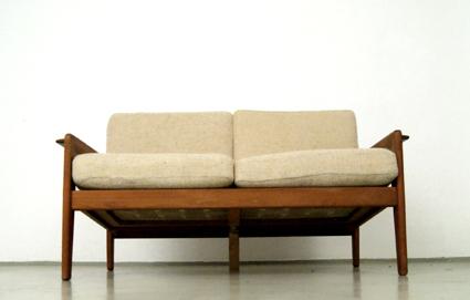 magasin m bel kleines d nisches 70er jahre sofa 201. Black Bedroom Furniture Sets. Home Design Ideas