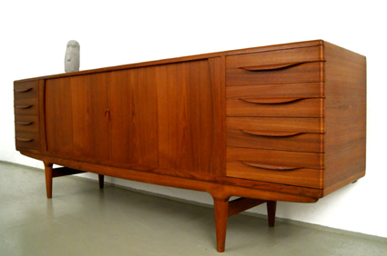magasin m bel johannes andersen teak sideboard 249. Black Bedroom Furniture Sets. Home Design Ideas