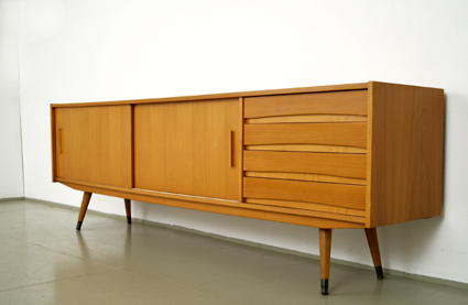 magasin m bel 50er jahre sideboard 342. Black Bedroom Furniture Sets. Home Design Ideas