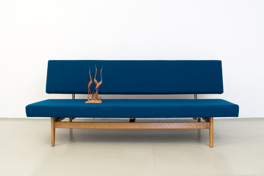 magasin m bel 50er jahre sofa daybed 374. Black Bedroom Furniture Sets. Home Design Ideas