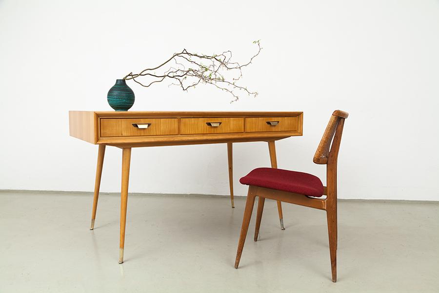 magasin m bel 50er jahre schreibtisch 390. Black Bedroom Furniture Sets. Home Design Ideas