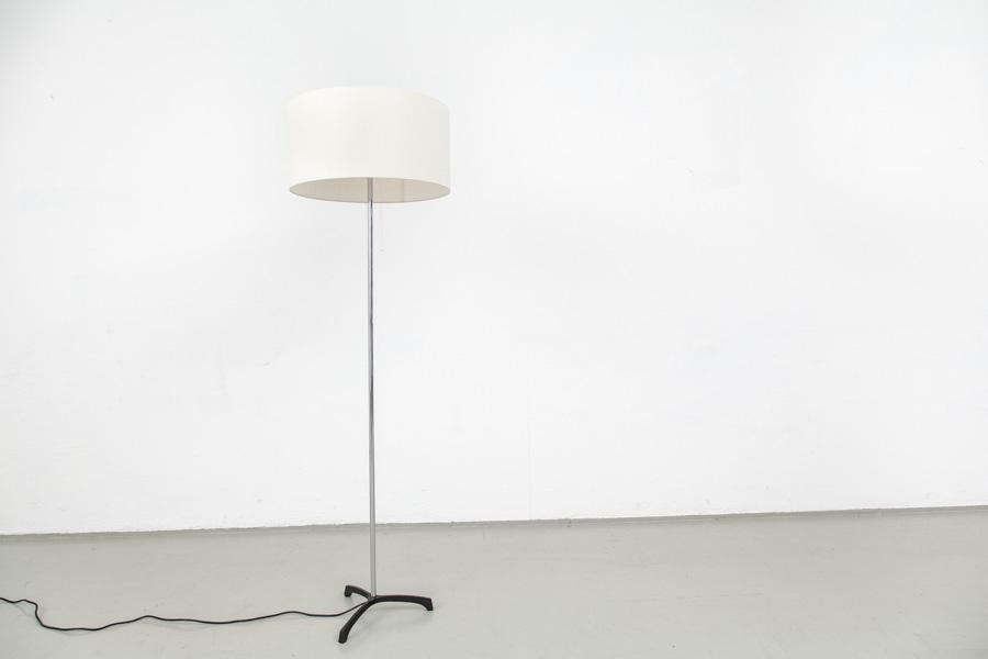 166_60er Jahre Stehlampe