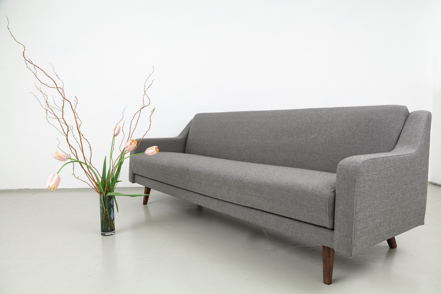 Sofa 60er elegant sofa from the s designed by eugen for Sofa 60er gebraucht