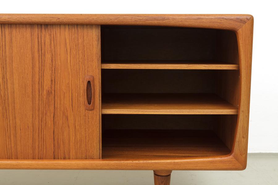 60er Jahre HP Hansen Teak Sideboard_60er Jahre Nussbaum Teak  Sideboard_IMG_0386