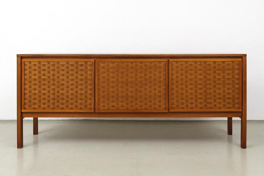 60er Jahre Nussbaum Teak  Sideboard_IMG_0351