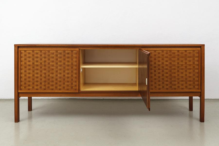 60er Jahre Nussbaum Teak  Sideboard_IMG_0352