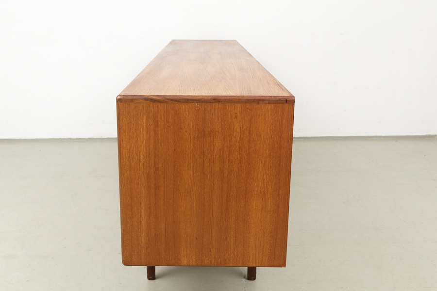 60er Jahre Teak Sideboard_IMG_1144