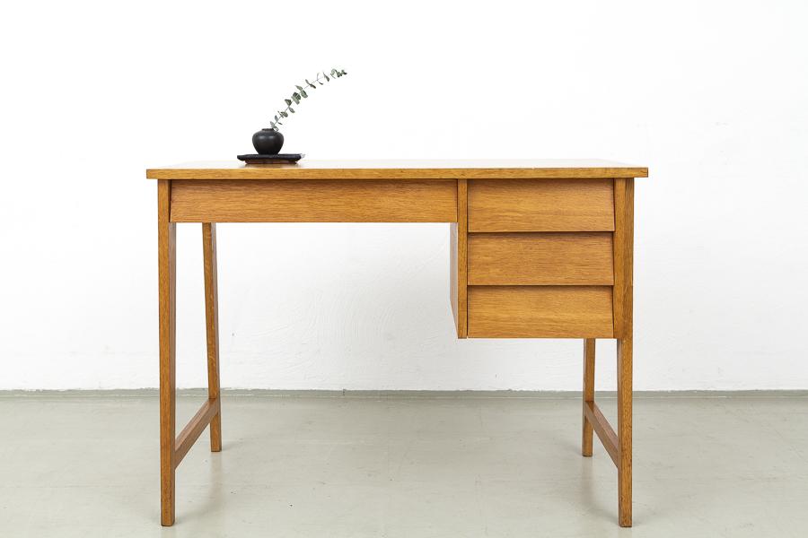 50er_Jahre_Schreibtisch065