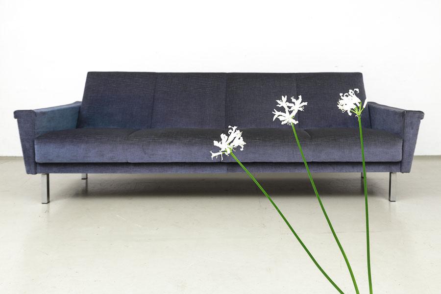 magasin m bel gro es 60er jahre sofa 553. Black Bedroom Furniture Sets. Home Design Ideas