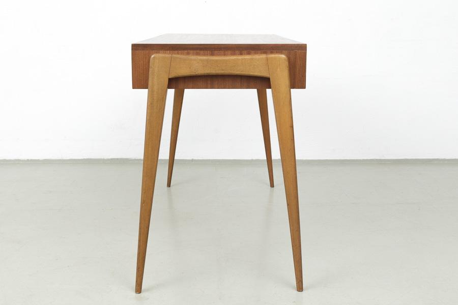 60er Jahre Schreibtisch010