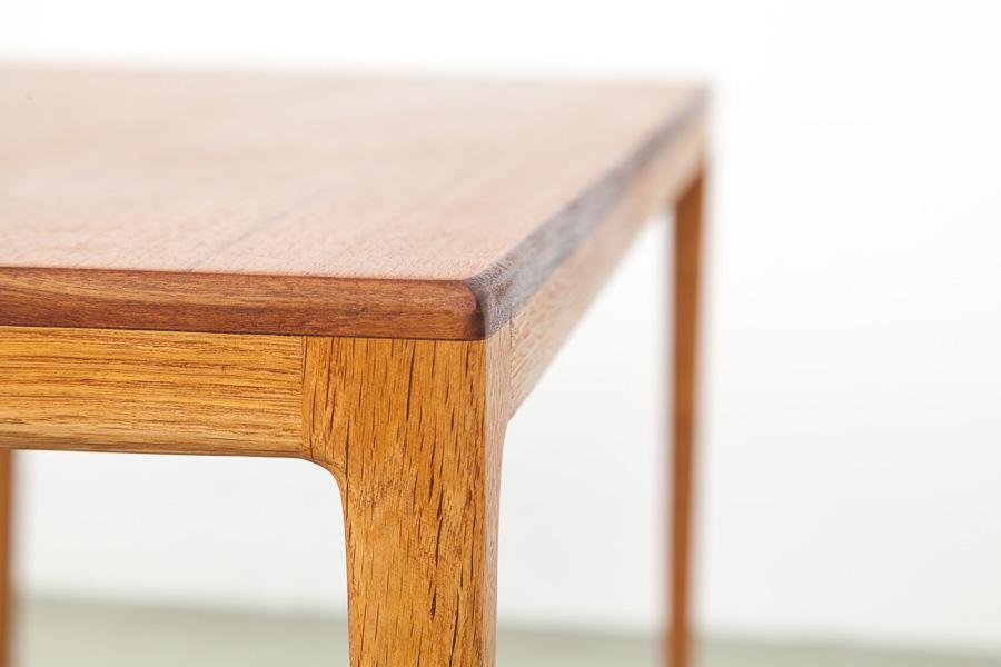 60er Jahre Tisch024