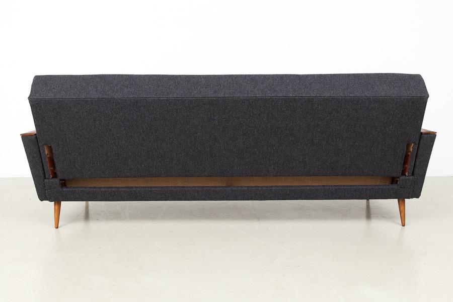 magasin m bel mid century modern sofa daybed 565. Black Bedroom Furniture Sets. Home Design Ideas