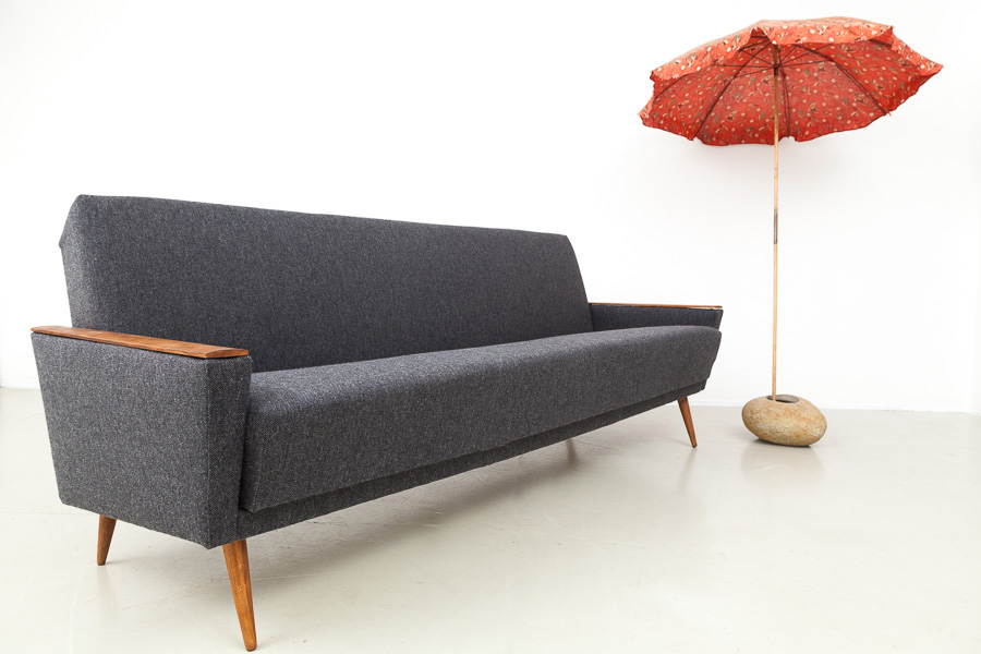 magasin m bel mid century modern sofa daybed 565. Black Bedroom Furniture Sets. Home Design Ideas