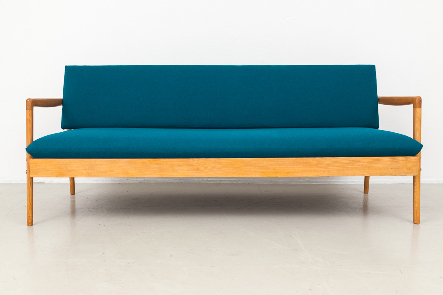 Magasin m bel mid century modern hellerau daybed 564 for Couch 60 jahre