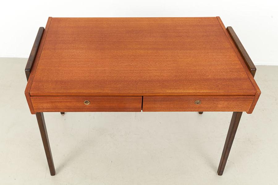 60er Jahre Schreibtisch_IMG_7370