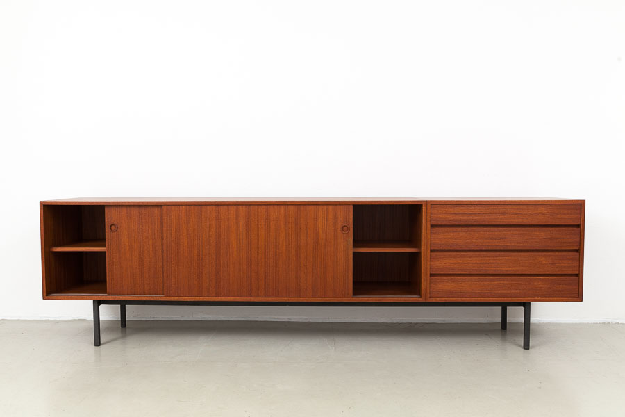 magasin m bel mid century modern w renz teak sideboard. Black Bedroom Furniture Sets. Home Design Ideas