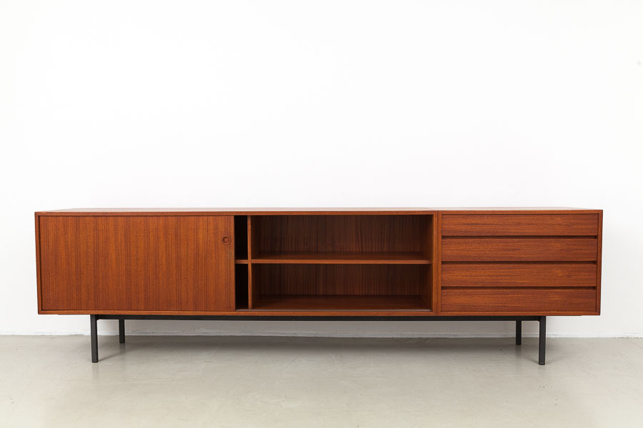 magasin m bel 60er jahre w renz teak sideboard 574. Black Bedroom Furniture Sets. Home Design Ideas