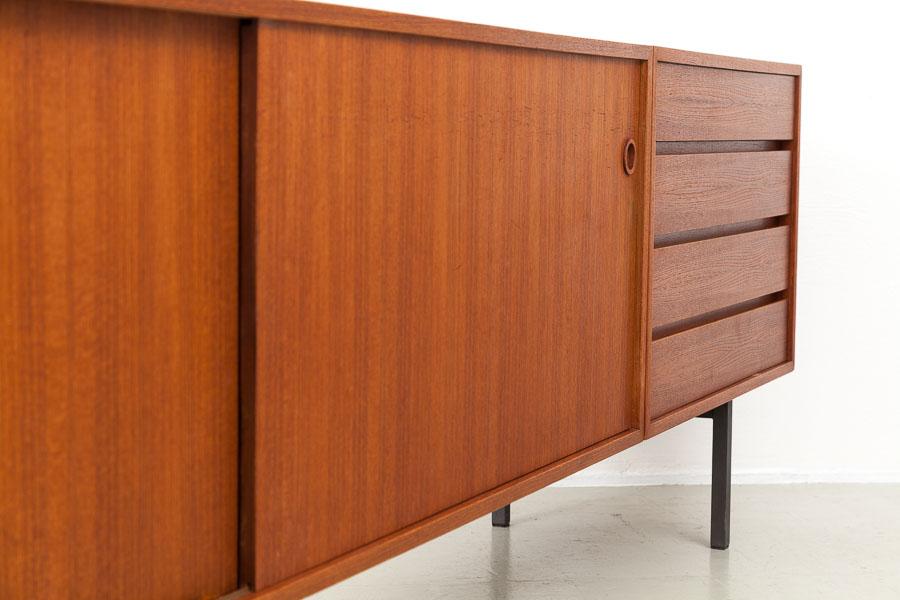 60er Jahre Sideboard_IMG_7337