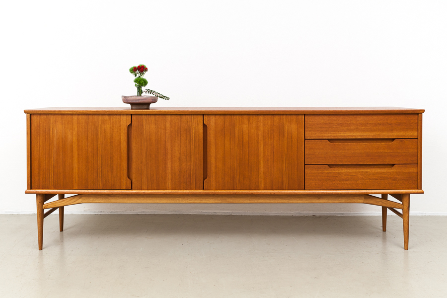 Magasin Mobel Mid Century Modern Fredericia Teak Sideboard 580