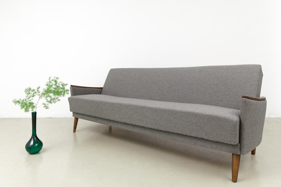 magasin m bel sale 50er jahre schlafsofa 616. Black Bedroom Furniture Sets. Home Design Ideas