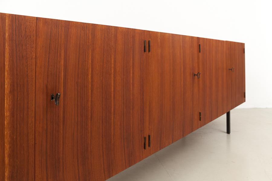 magasin m bel mid century modern teak sideboard 625. Black Bedroom Furniture Sets. Home Design Ideas