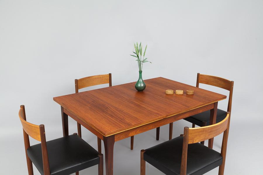 Magasin Möbel 60er Jahre Teak Esstisch 638