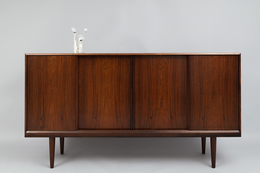 magasin m bel mid century modern rosewood sideboard 636. Black Bedroom Furniture Sets. Home Design Ideas