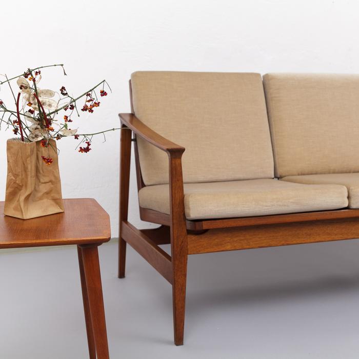 Thonet Sofa 60er Jahre