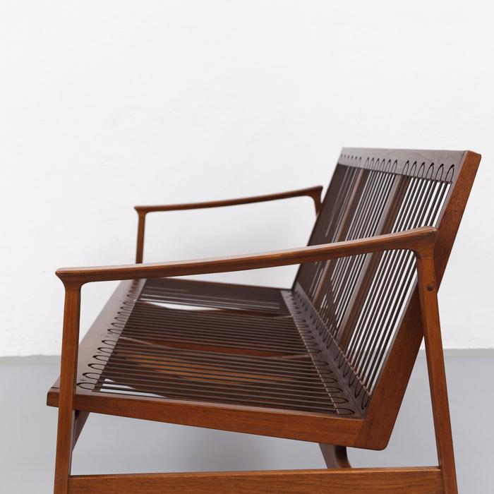 magasin m bel mid century modern thonet teak sofa 674. Black Bedroom Furniture Sets. Home Design Ideas
