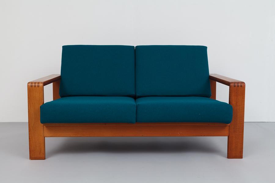 magasin m bel mid century modern teak sofa 690. Black Bedroom Furniture Sets. Home Design Ideas