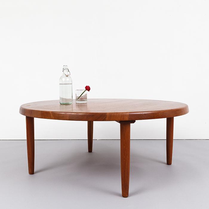 magasin m bel 70er jahre teak couchtisch 697. Black Bedroom Furniture Sets. Home Design Ideas