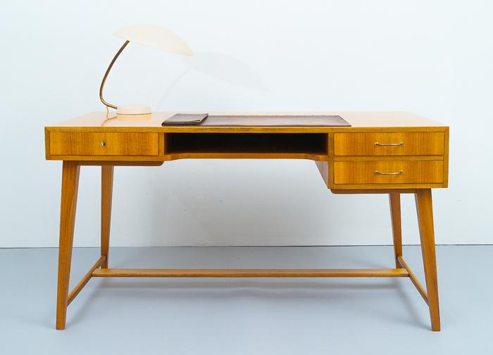 magasin m bel mid century modern georg satink for wk moebel desk 702. Black Bedroom Furniture Sets. Home Design Ideas