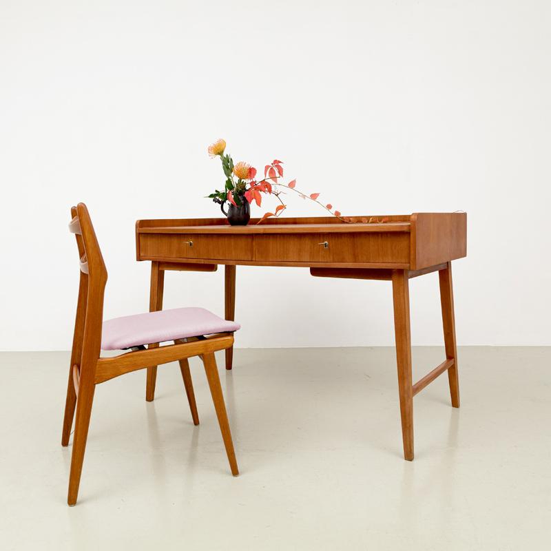 kleiner Schreibtisch, Hellerau, DDR