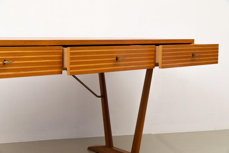 Schreibtisch,60er Jahre , hell