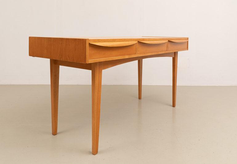 Schreibtisch, Hellerau, Design Franz Erhlich, 60er